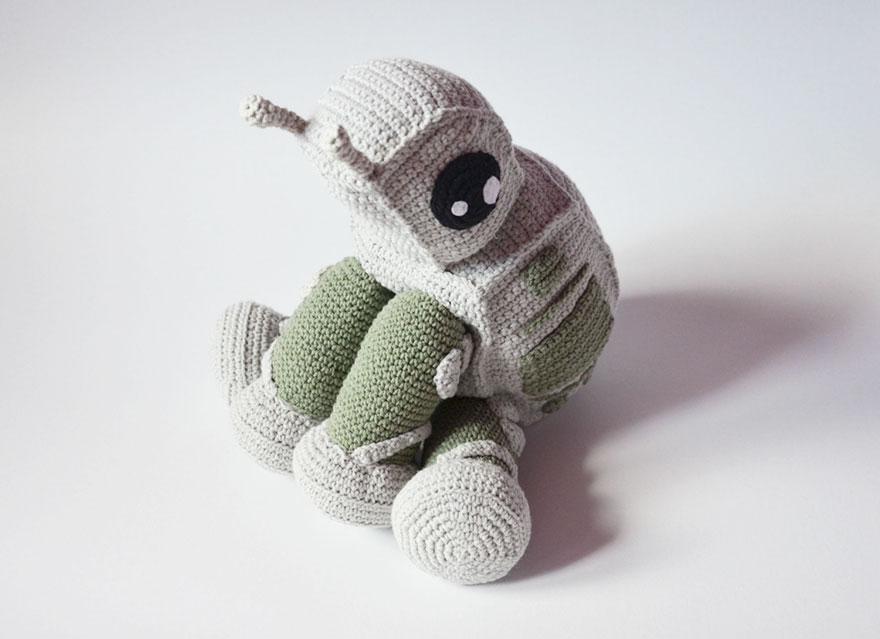 Adorable Star Wars AT-AT Walker en crochet par l'artiste polonaise Krawka