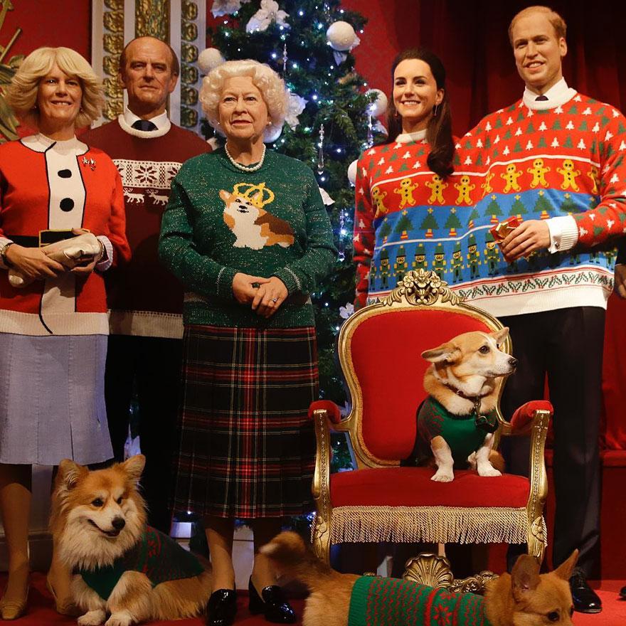 La famille royale du Royaume-Uni portant des pulls de Noël moche...