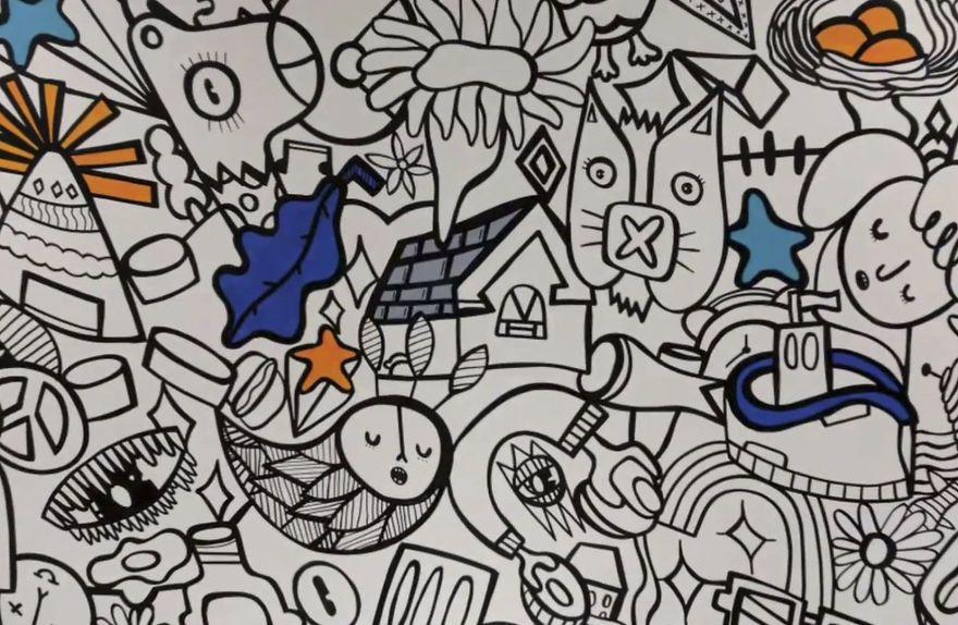 Dibujo todo lo que viene en mi cabeza y no parar hasta que el muro está lleno!
