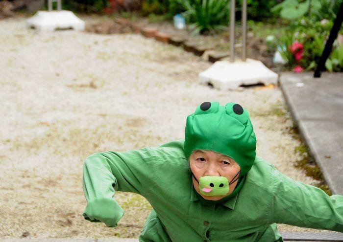 Autoportraits drôles d'une femme japonaise de 89 ans qui a découvert la photographie à 72 ans
