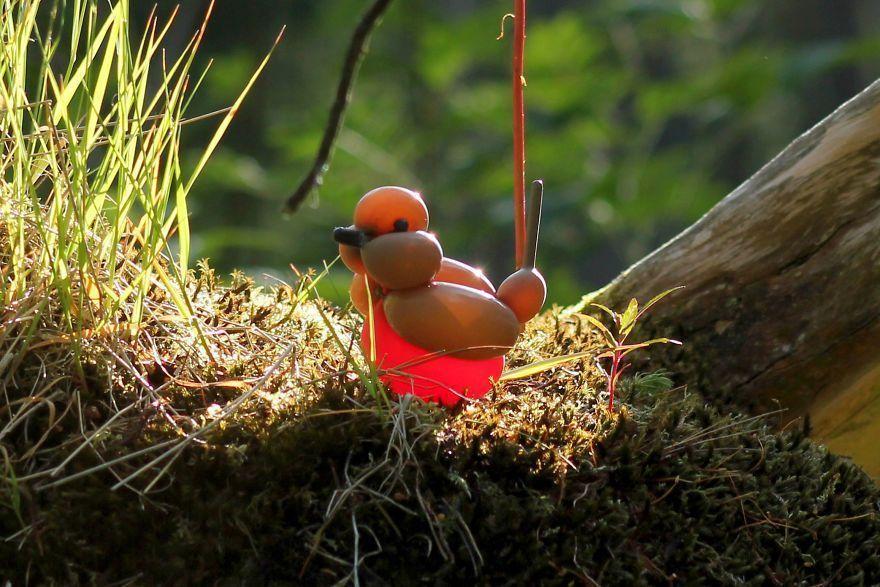 Il fait des oiseaux avec des ballons, le résultat est au-delà de vos attentes