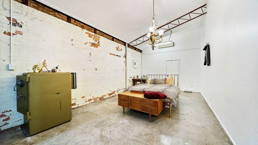 Cet entrepôt des années 1950 vient d'être vendu pour 1,23 million de dollars et quand vous verrez l'intérieur, vous comprendrez pourquoi.