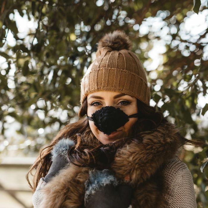 Cette compagnie vend des réchauffeurs de nez pour les personnes qui sont toujours froides (14 photos)