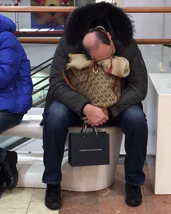 86 photos drôles d'hommes faisant des emplettes avec leurs dames