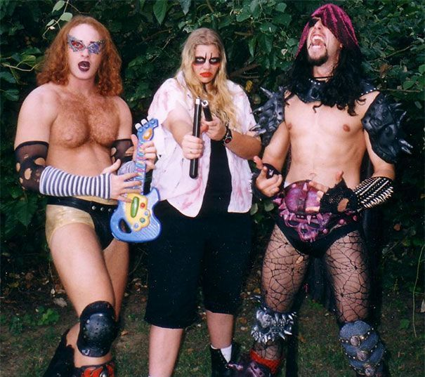 38 Awkward Metal Band Photos That Are So Bad They're Good