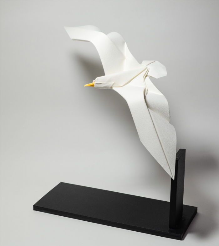 44 New Curved Origami Sculptures Using A Wet-Folding Technique By Hoang Tien Quyet