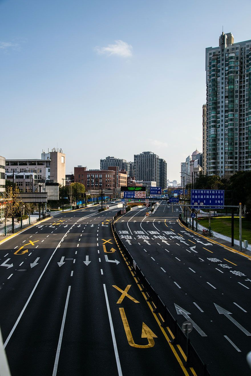 Photographer Captures The Eerie Emptiness Of Shanghai During Coronavirus Outbreak (32 Pics)