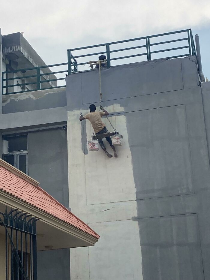 83 Of The Worst Work Safety Examples Ever, As Shared In An Online Group Dedicated To Them (New Pics)