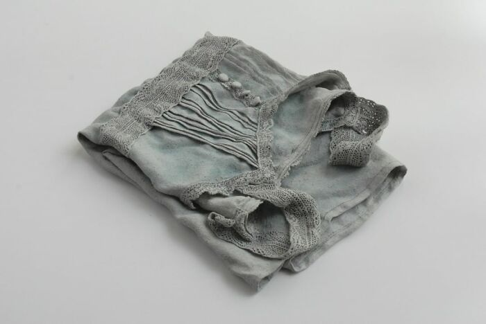 This Japanese Artist Uses Soft Clay To Carve Out Hyper-Realistic Clothing And Accessories (30 Pics)