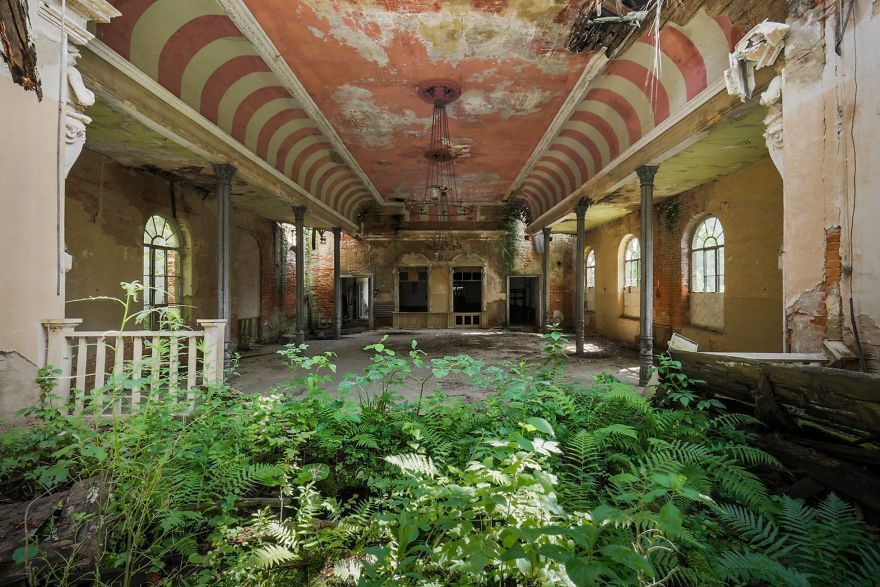 I Travel The World To Capture Amazing Pictures Of Nature Taking Back Abandoned Places