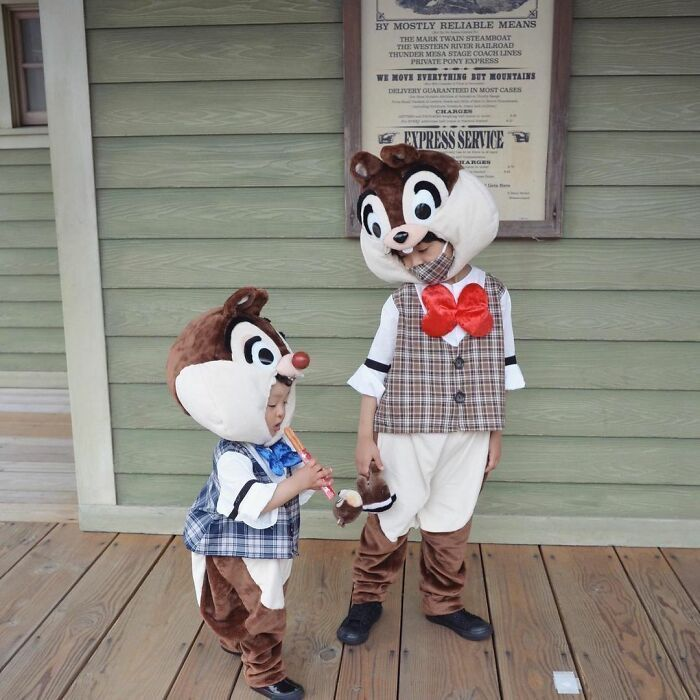 These Kids Get Dressed Up In Hand-Crafted Costumes And They Look Adorable In Them (60 Pics)